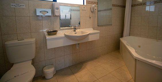 twin studio bathroom