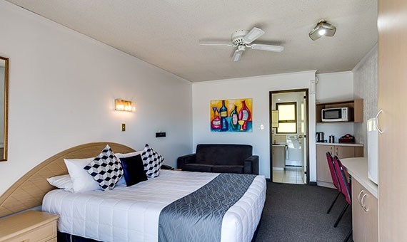spacious rooms with comfortable beds and quality furnishing