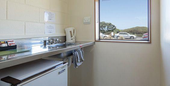 twin studio kitchenette