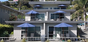 accommodation - apartments in Paihia with sea views