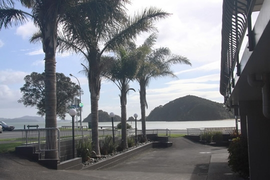 walk to a beautiful Paihia beach
