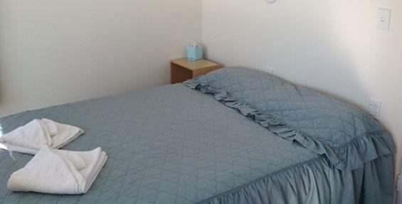 2-bedroom motel unit with sea views