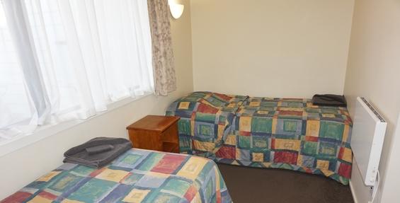 deluxe 2-bedroom unit deck