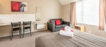 Image of Wanaka accommodation at Manuka Crescent Motel