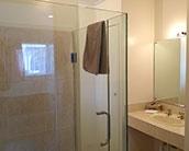 motel unit with spa bath