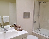 studio ensuite with bath