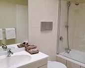 studio ensuite with bath