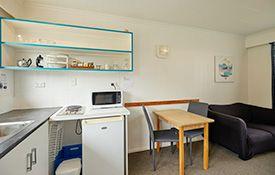1-bedroom apartment (2 adults) bedroom