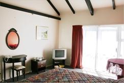 Knightsbridge Motor Lodge : Rooms