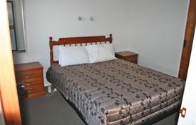 bedroom of 1-bedroom suite