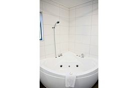 beautiful spa bath