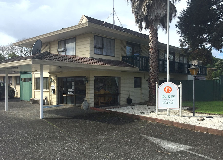 Dukes Midway Lodge in Auckland