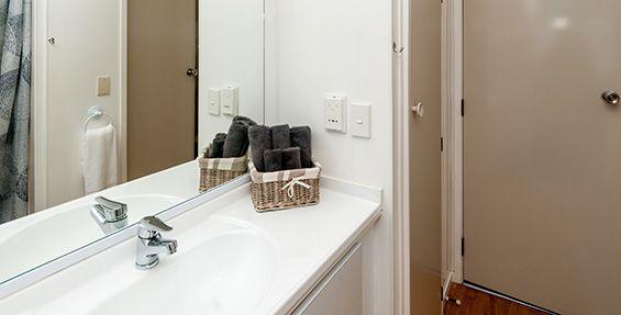 ground floor apartment bathroom