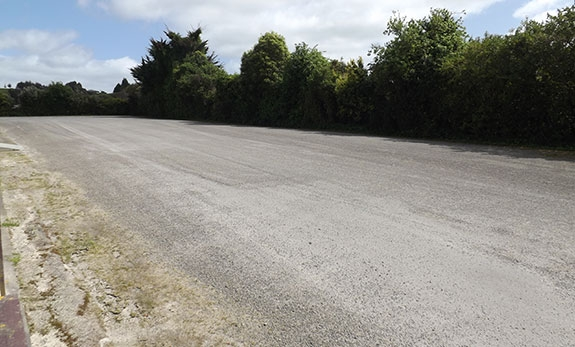 heaps of parking space for your trucks and trailers