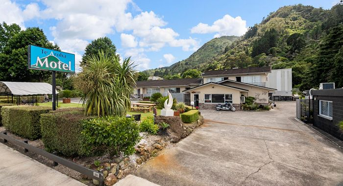 accommodation in central Te Aroha
