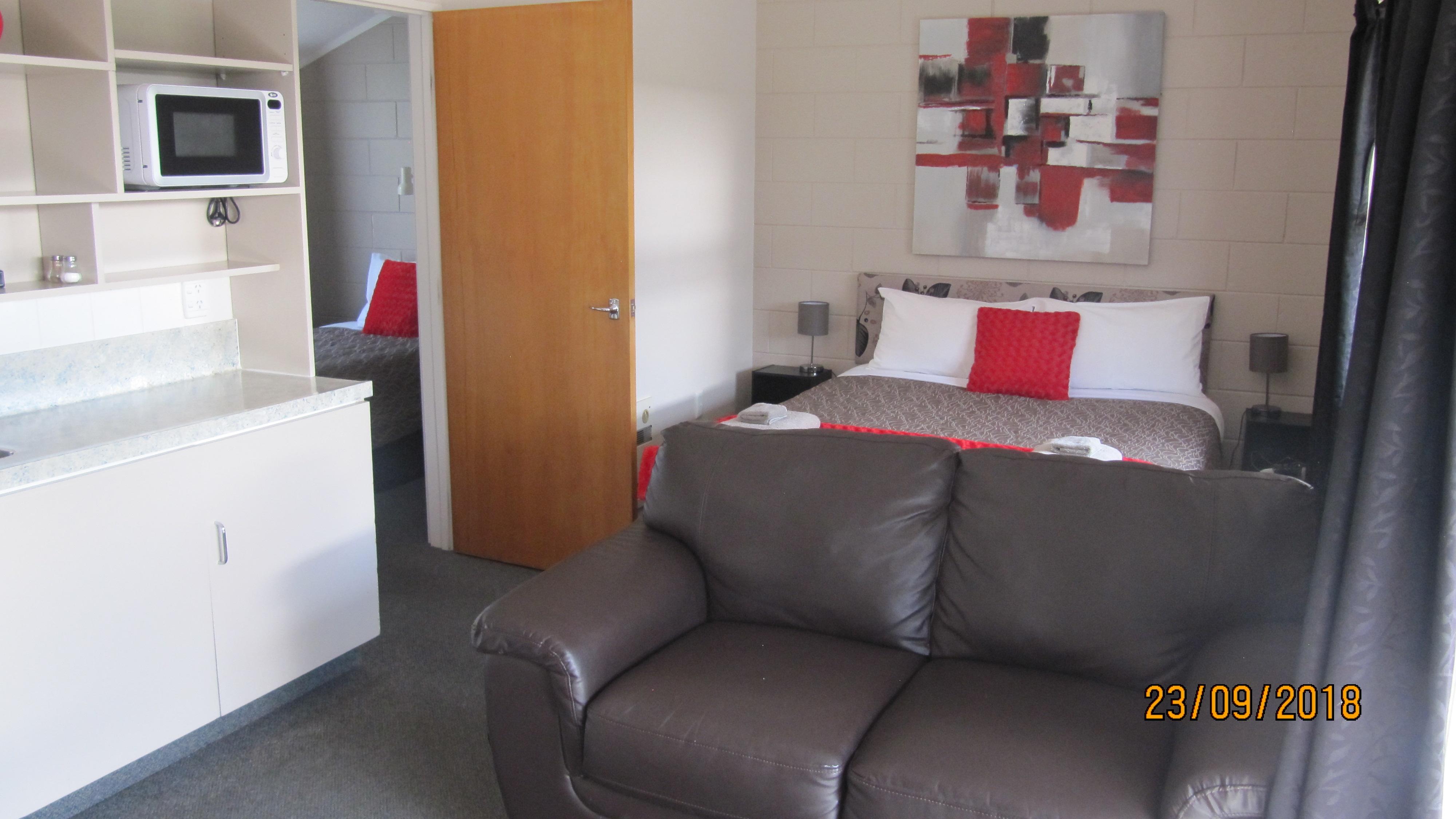 lounge of 1-bedroom unit