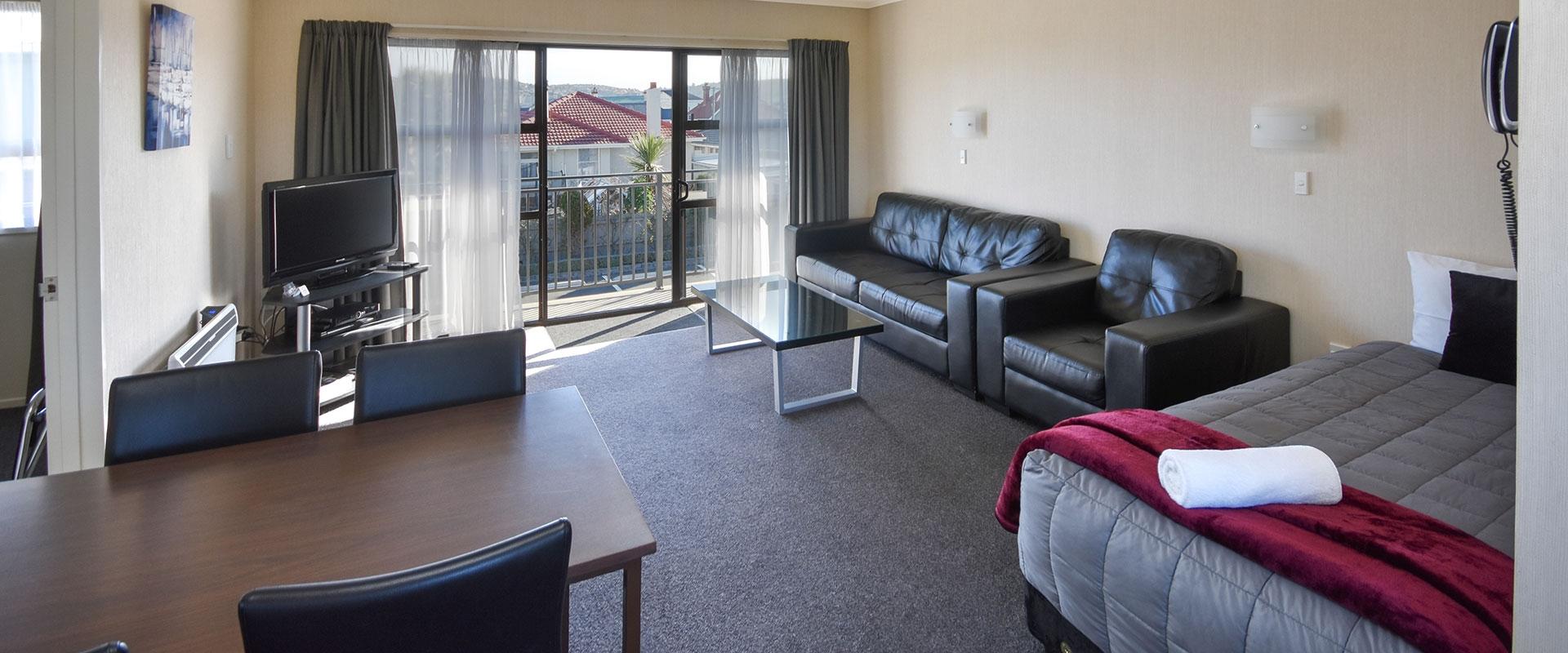sunny motel rooms