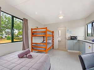 4-Berth Self-Contained Unit