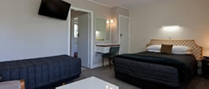 accommodation with outdoor swimming pool and plenty of off-street parking