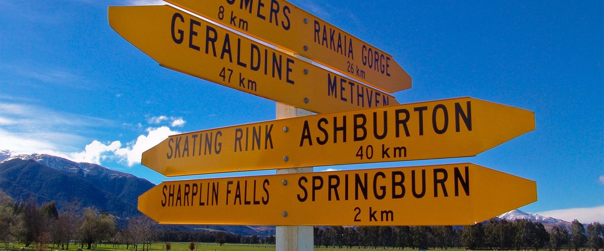 geraldine road sign