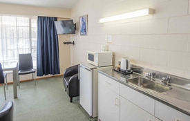 superior fully self-contained 1-bedroom unit