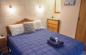 Deluxe 1-bedroom unit