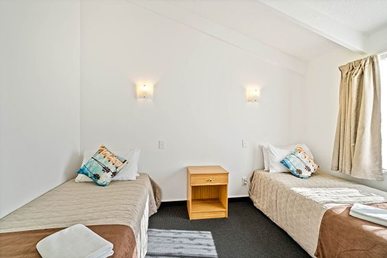 2-bedroom apartment single beds