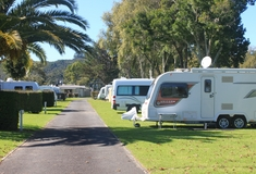 Power and non-power camp sites in Whitianga