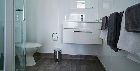 Twin Studio Units bathroom