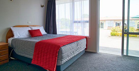 Double Studio Units queen-size bed