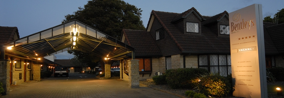 luxury motel accommodation