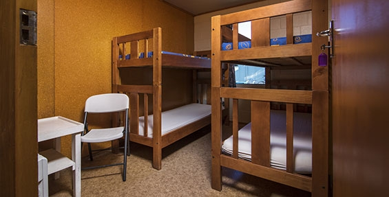 lodge room beds