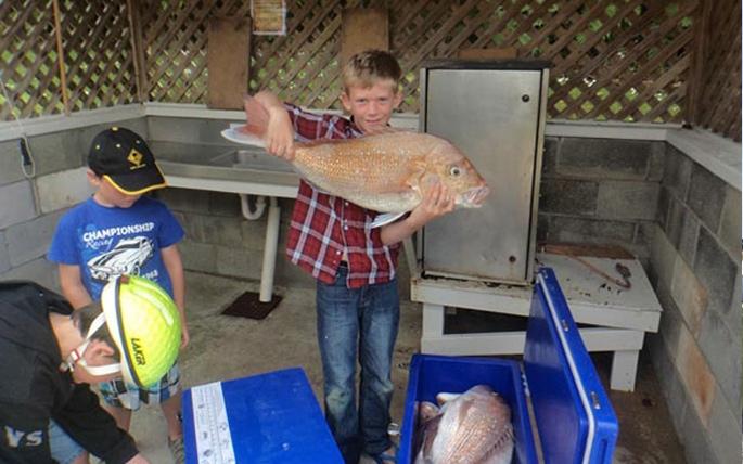 Kawhia fishing