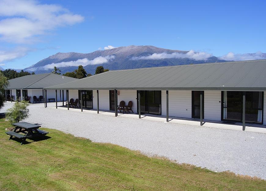 Heritage Park Lodge complex