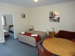 wheelchair-friendly unit Carterton