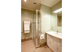 private bathroom of 2-bedroom apartment