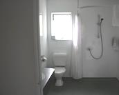 Burgundy Rose Motel bathrooms