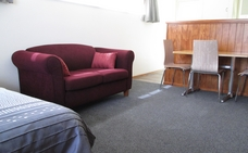 double bed unit at Colonial Motel, location, New Zealand