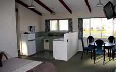 One bedroom spacious unit with full kitchen, Rotorua