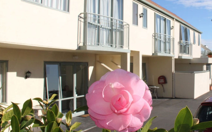 centrally located Christchurch motel