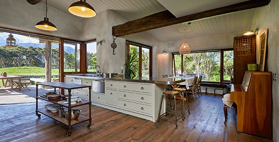 ecco accommodation kaikoura modern rustic