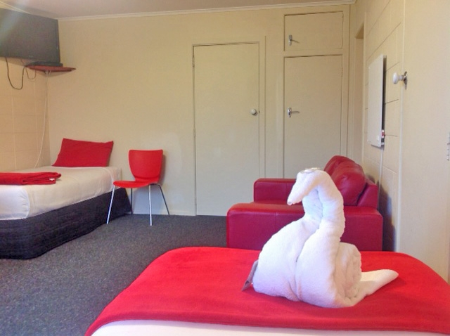 luxury Mokau accommodation