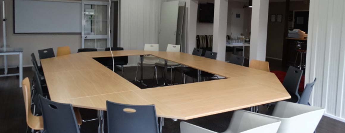 seating arrangements suitable for training, conference, workshops and team building