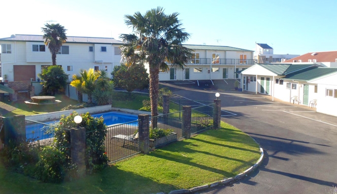 Cottage Park Thermal Motel - Tauranga Attractions
