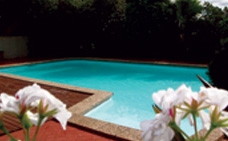 swimming pool, spa and bbq facilities