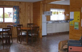 kitchen and dining room of 5-bedroom Chalets