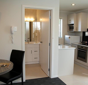 Book your accommodation today at Auckland Phoenix Palm Motel