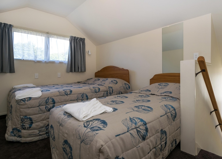 our 2-bedroom unit can accommodate maximum 6 people