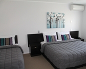 Aquarius Motor Inn - Mt Maunganui Accommodation image