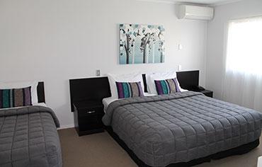 luxury one-bedroom suites